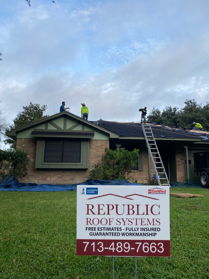 Houston, TX - Out near Jersey Village doing a Re-roof! Replacing decking, installing drip edge, installing new shingles