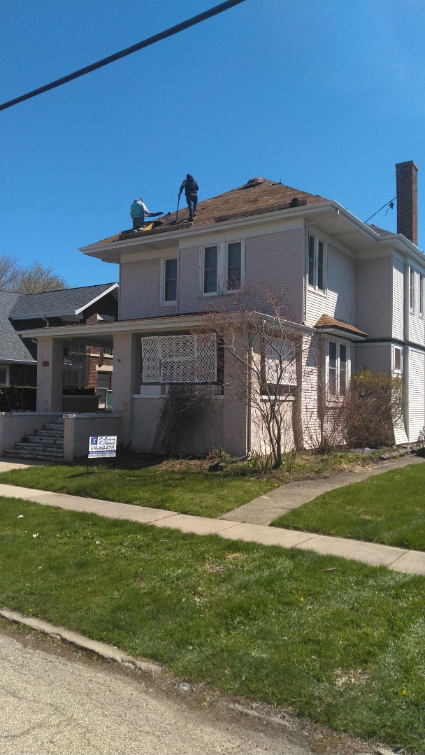 Roof tear off and replacement with IKO Cambridge shingles