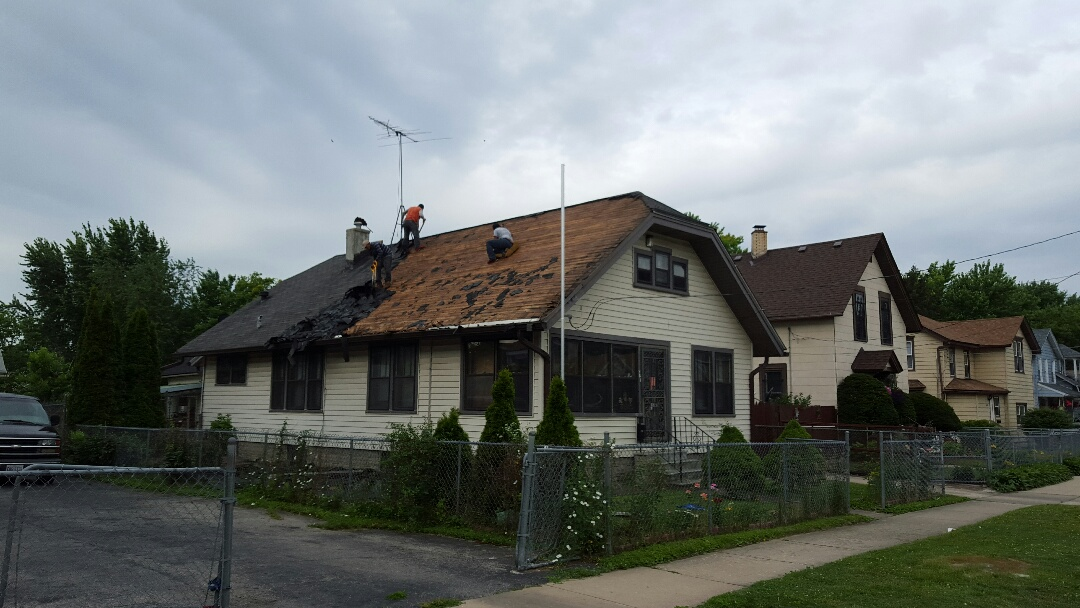 Aurora, IL - IKO Cambridge AR roofing project start today