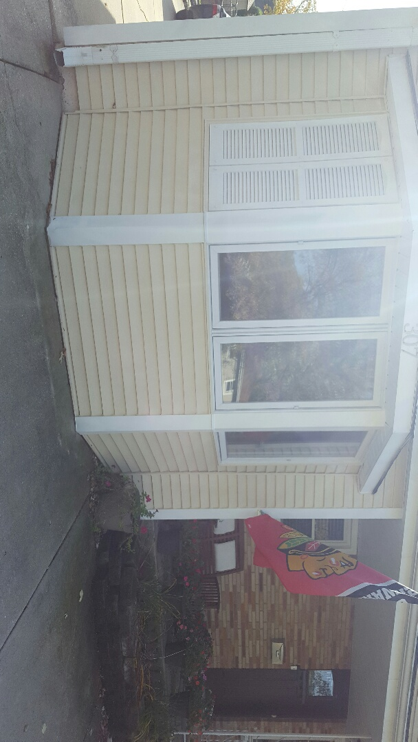 Before picture of new Hawthorne vinyl windows stay tuned for after pictures