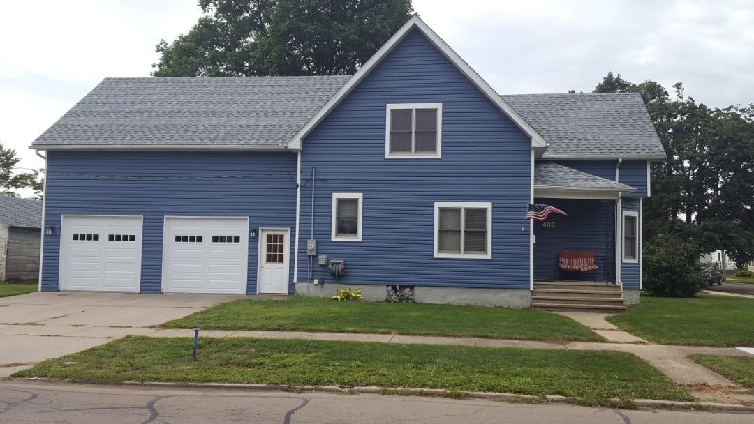 Ottawa, IL - New Crane Dutchlap siding and IKO roof