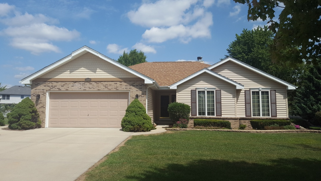Plainfield, IL - New Mastic traditional siding