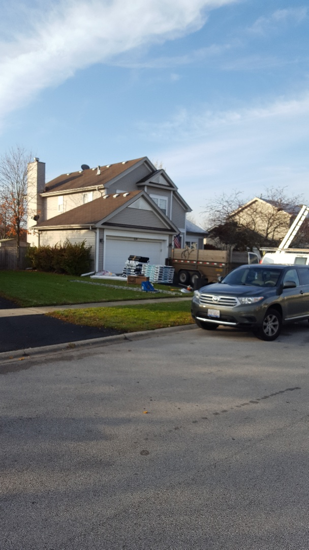 Oswego, IL - New iko cambridge roof starting today