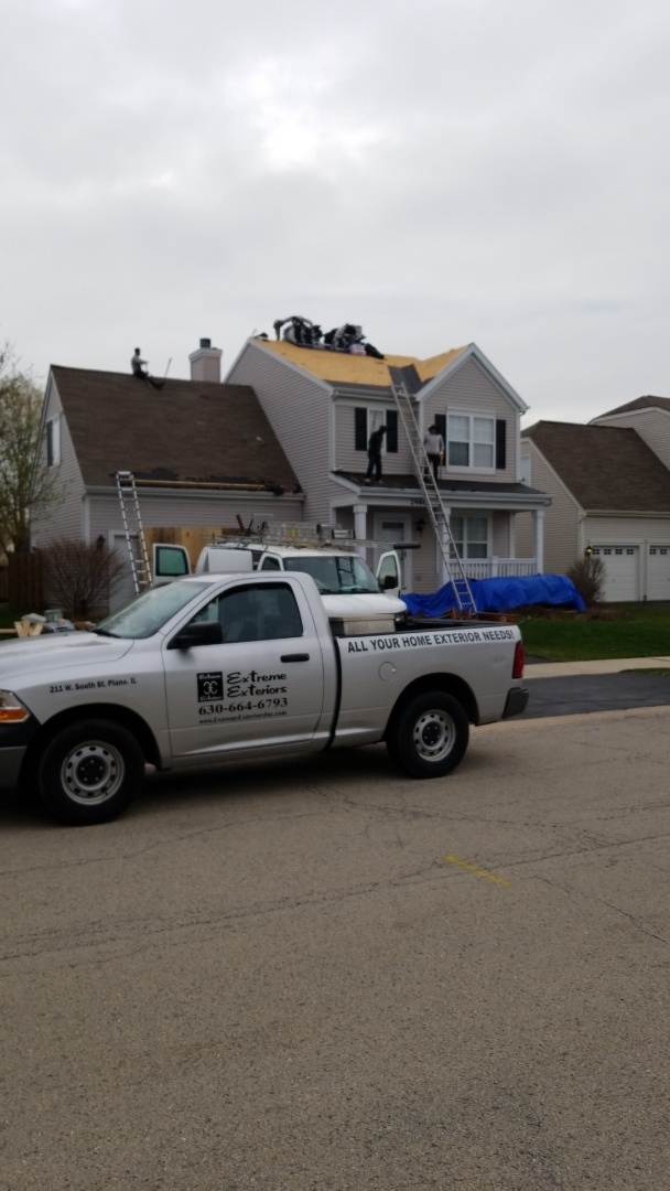 Montgomery, IL - New iko cambridge roofing system starting this morning