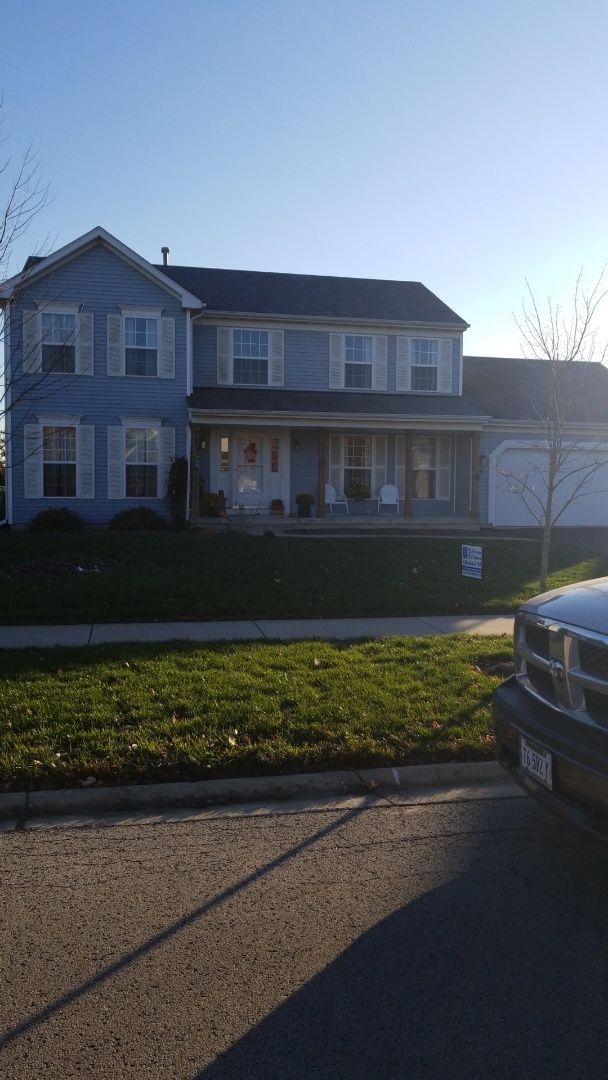 Sandwich, IL - Full roof approved for wind damage threw the homeowners insurance company.  Storm damage inspections and estimates always free!!!