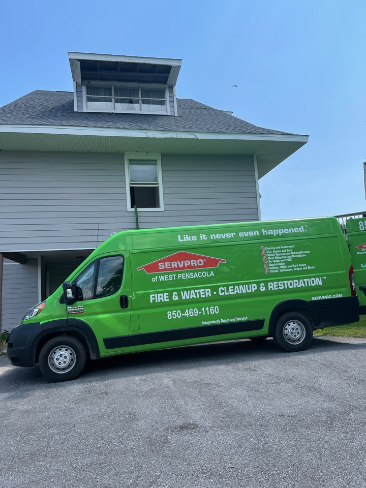Busted water heaters can make a big mess in a small amount of time. But SERVPRO of West Pensacola gets there even faster, to dry everything out and limit the damages, so we can start reconstruction.