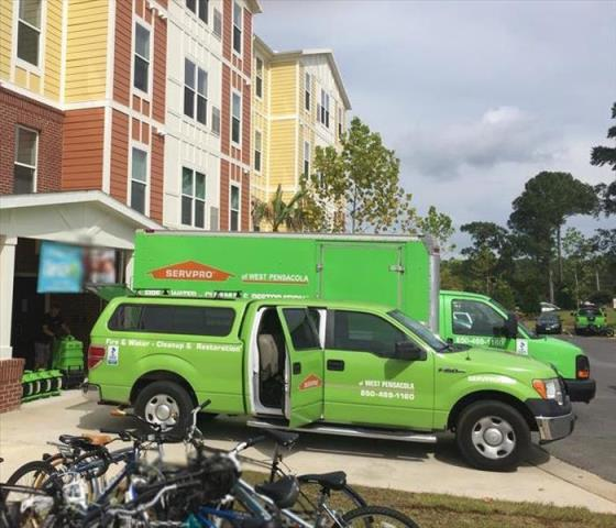 SERVPRO Pros are trained to safely clean and remove biohazardous substances and dispose of them properly.
