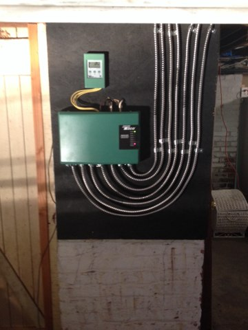 Middletown, NJ - Upgrading old relay controls to a more efficient sr506 with outdoor reset to optimize the efficiency of this boiler. After picture