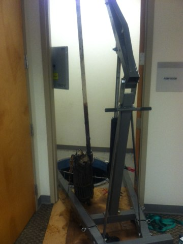 Hamilton Township, NJ - Thissmorning we are changing a sewer ejector pump at a office complex