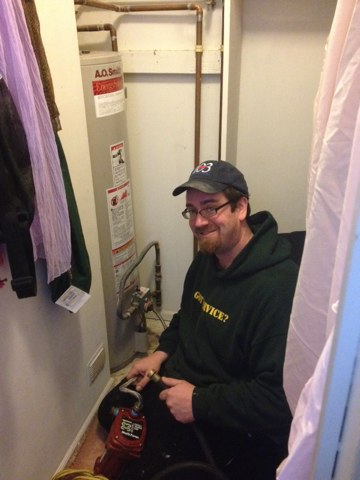 East Windsor, NJ - Installing a hot water heater emergency install... Out in this awful weather for our valued customer all smiles folks. We love this stuff