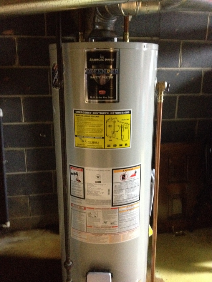 North Brunswick, NJ - Installing a new 50 gallon hot water heater for one of our VP members. BAM better then Emerill