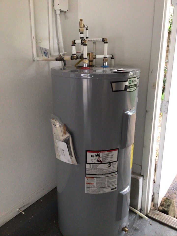 Longwood, FL - Install new electric water heater 50 gal medium