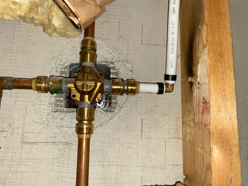 DeLand, FL - Repipe hot water line for hall the house