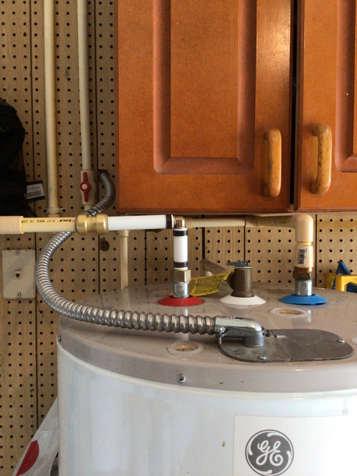 Sanford, FL - I repair water leak is coming from the hot lite from the water heater.