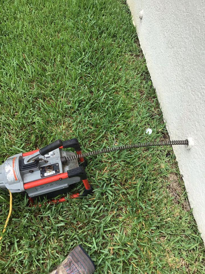 Sanford, FL - Client have main drain line clogged, i cleaner the drain line with my drain cleaner machine.