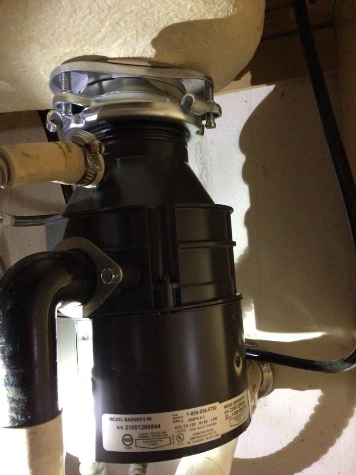 Winter Springs, FL - I install new garbage disposal.