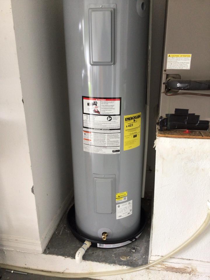 Oviedo, FL - I install new water heater 40 gal electric.