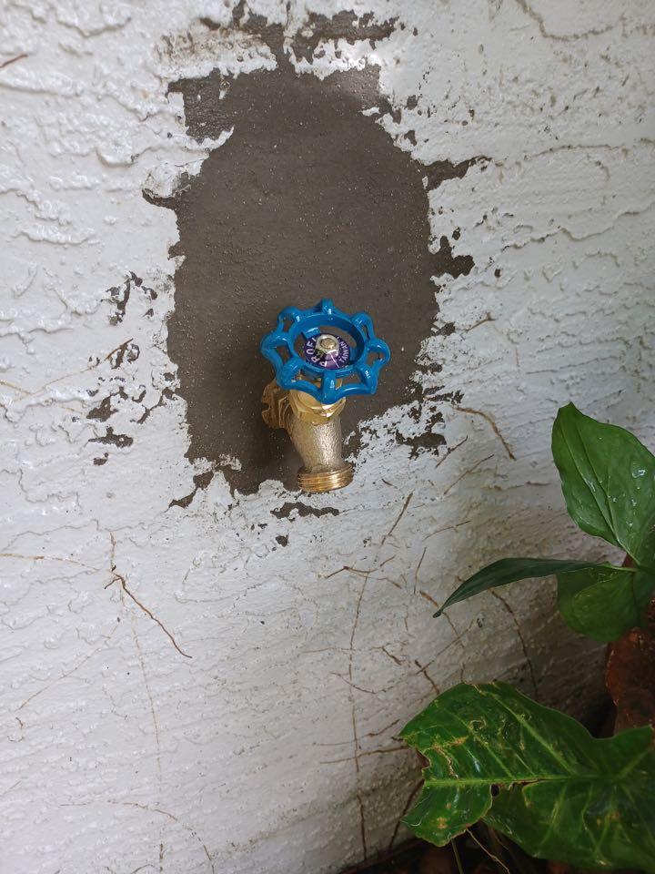 Oviedo, FL - Client have spigot broken, i install new spigot.
