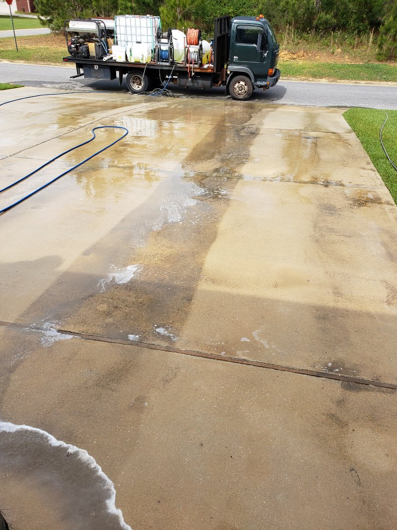 Concrete cleaning in Cantonment