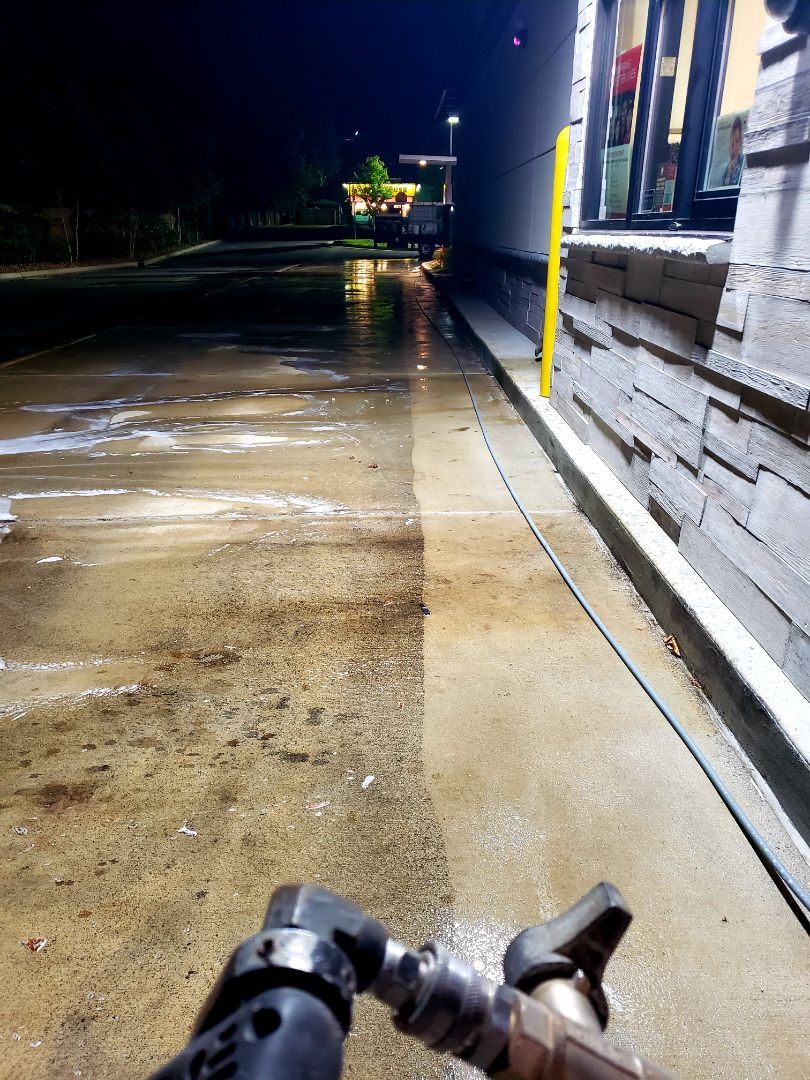 Milton, FL - Restaurant concrete cleaning.