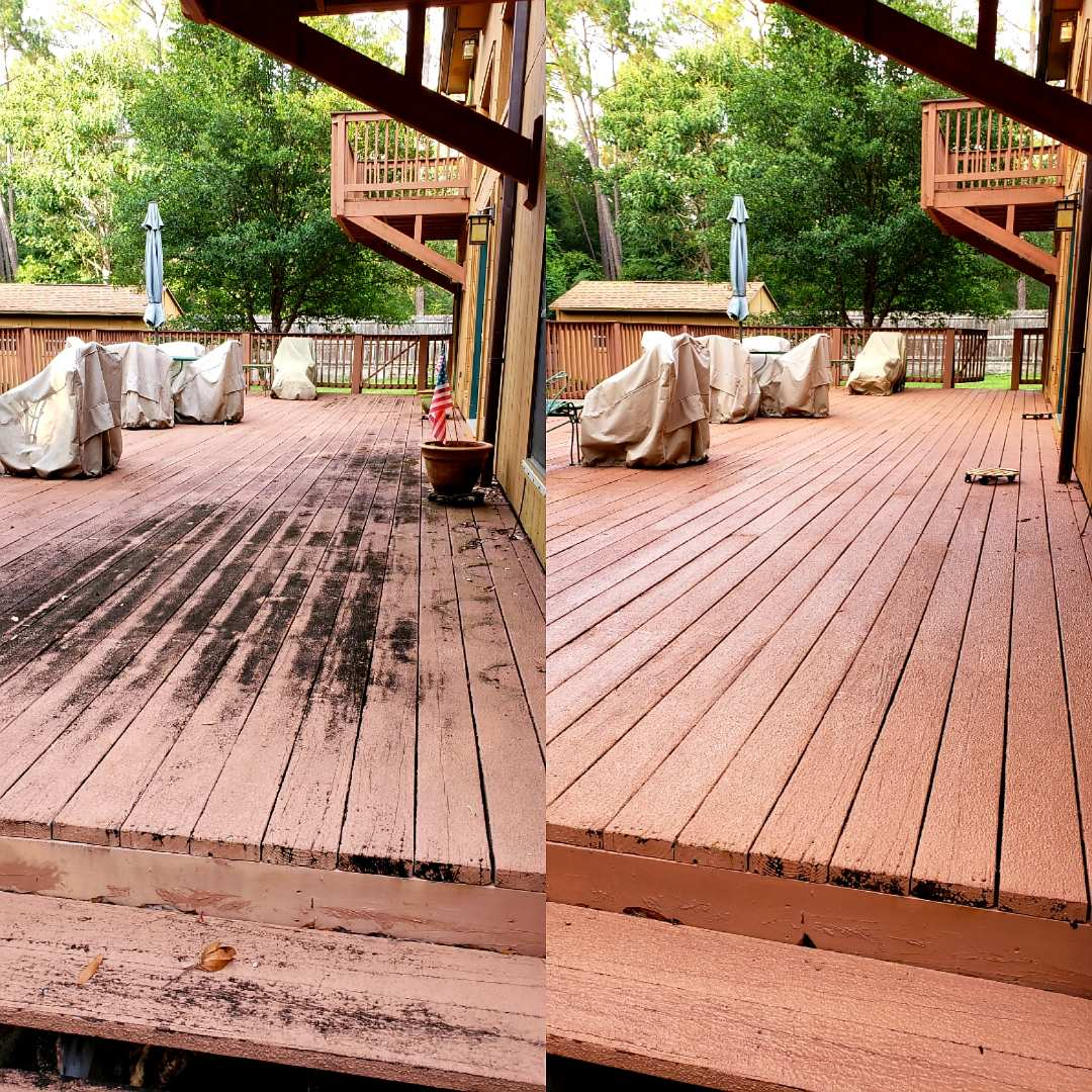Cantonment, FL - Deck cleaning