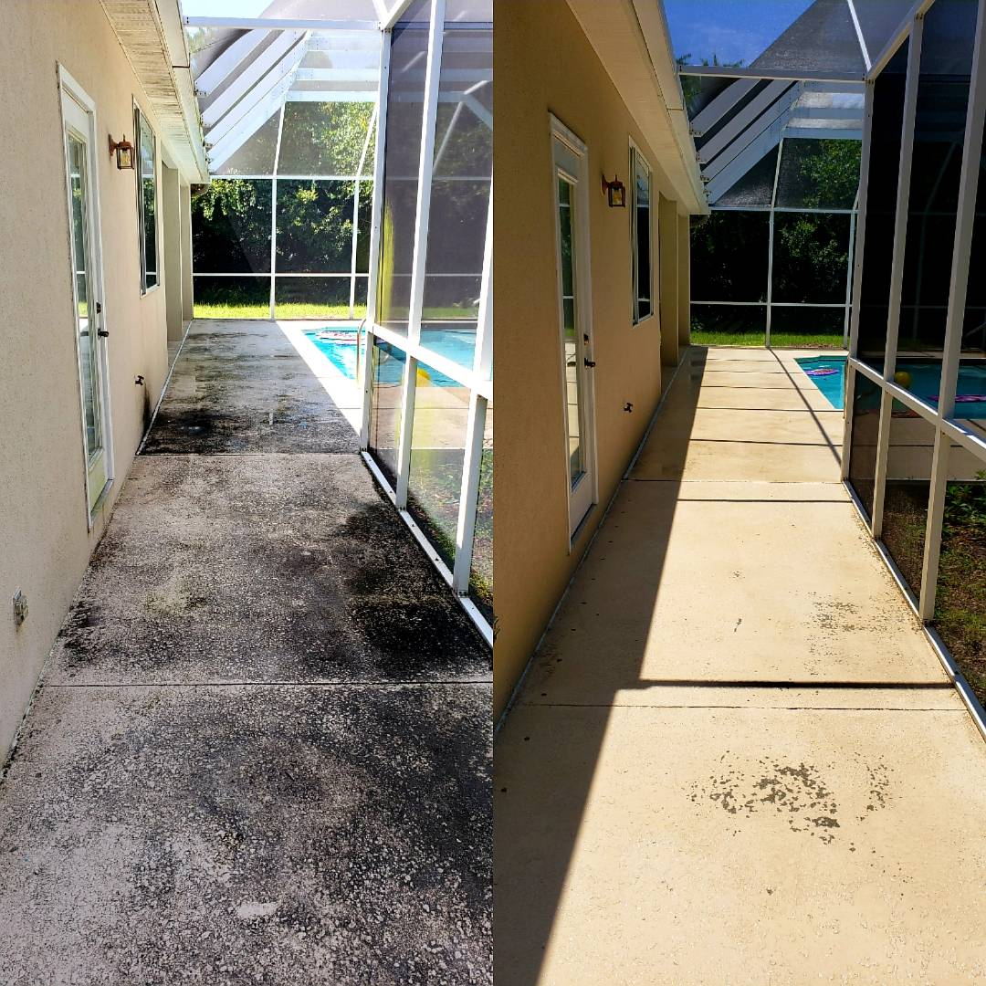 House washing, driveway & pool cage cleaning in Gulf Breeze.
