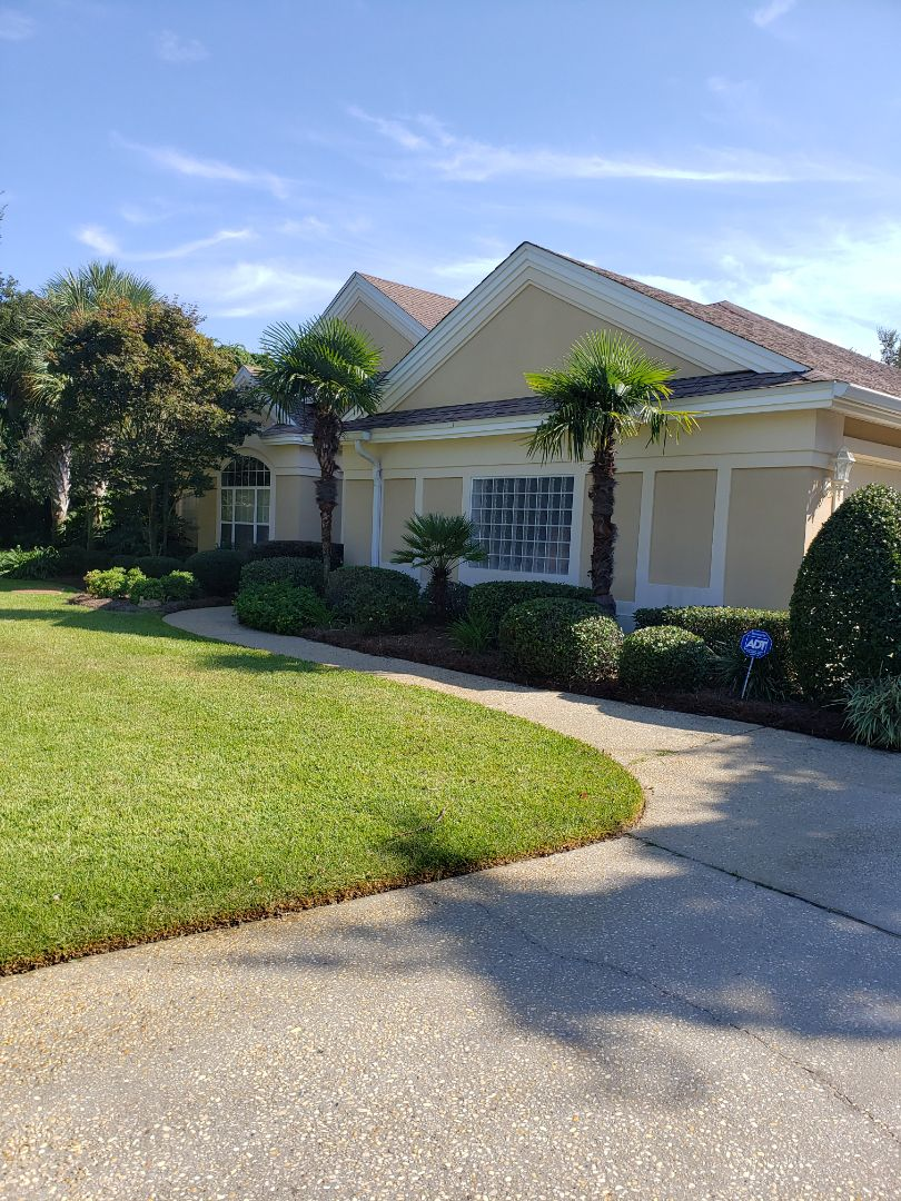 Cantonment, FL - House washing & driveway cleaning in Cantonment.