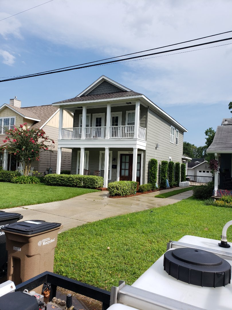 Pensacola, FL - House washing & concrete cleaning in Pensacola.