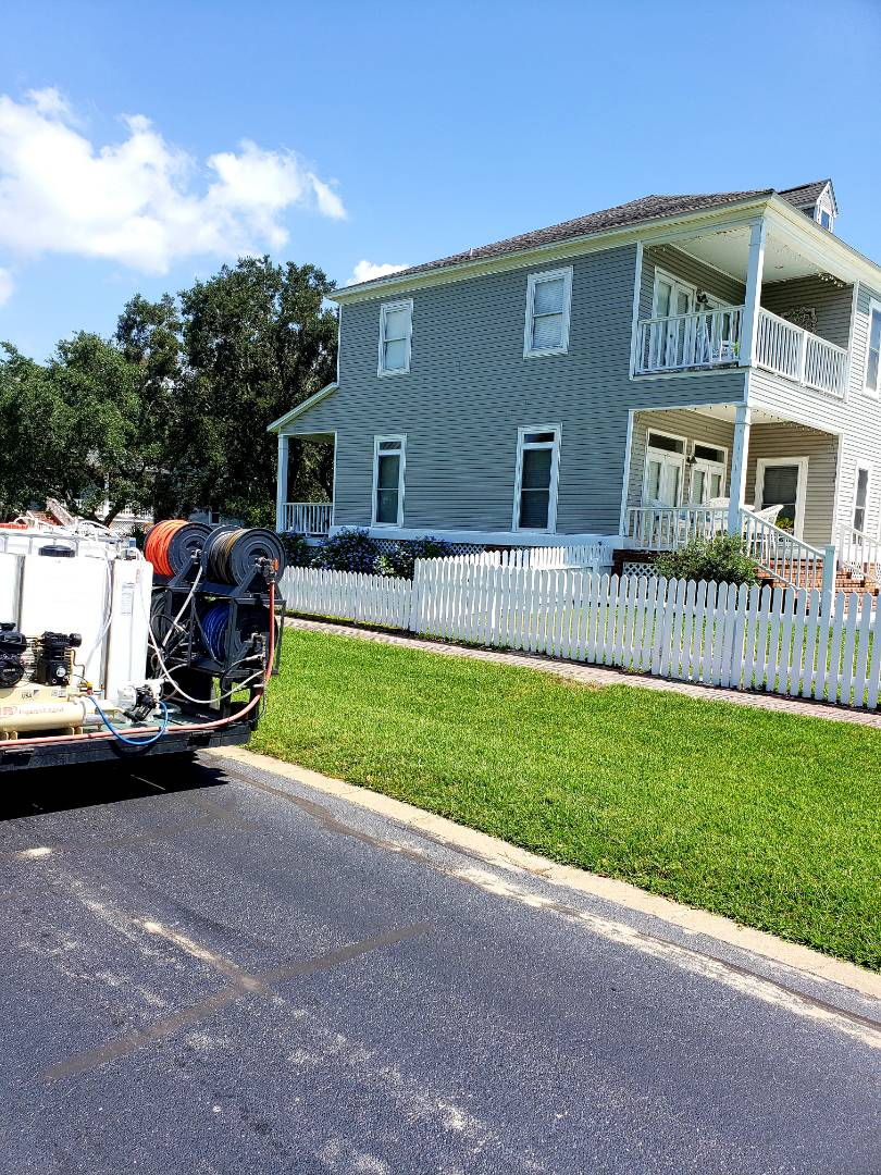 Pensacola, FL - Pressure washing house and porches