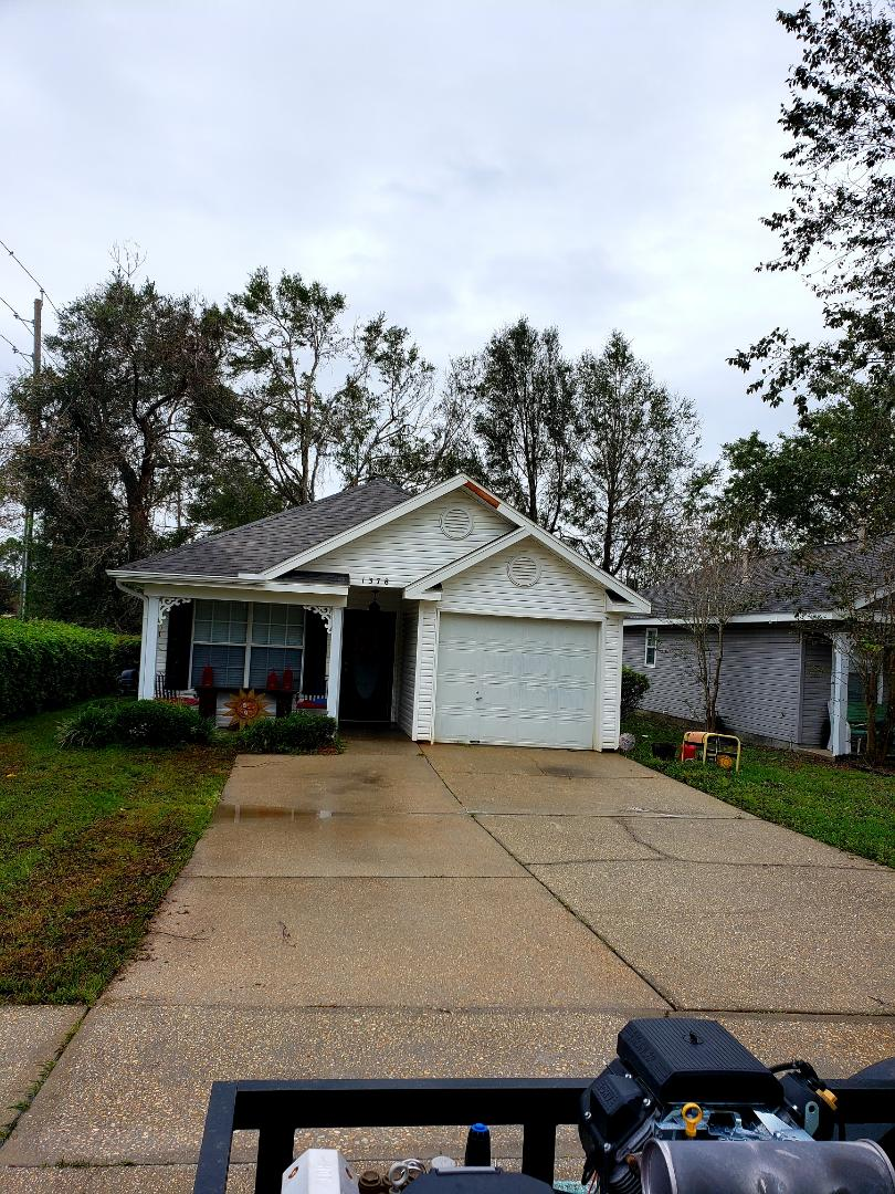 Cantonment, FL - House pressure washing