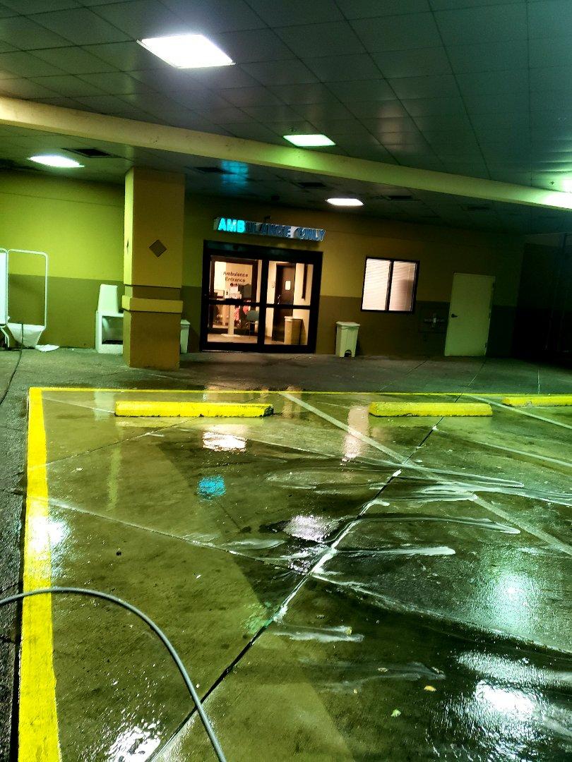 Pensacola, FL - Pressure washing concrete.