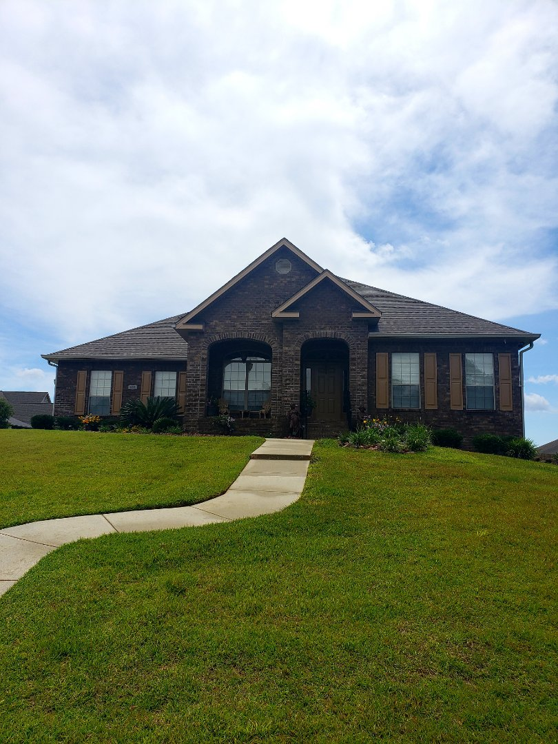 Cantonment, FL - House washing & concrete cleaning