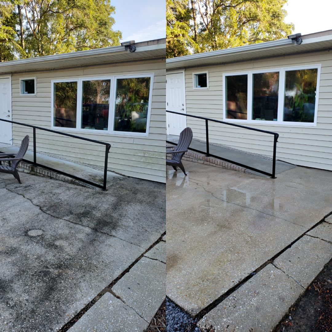 Building & concrete cleaning in Pensacola.