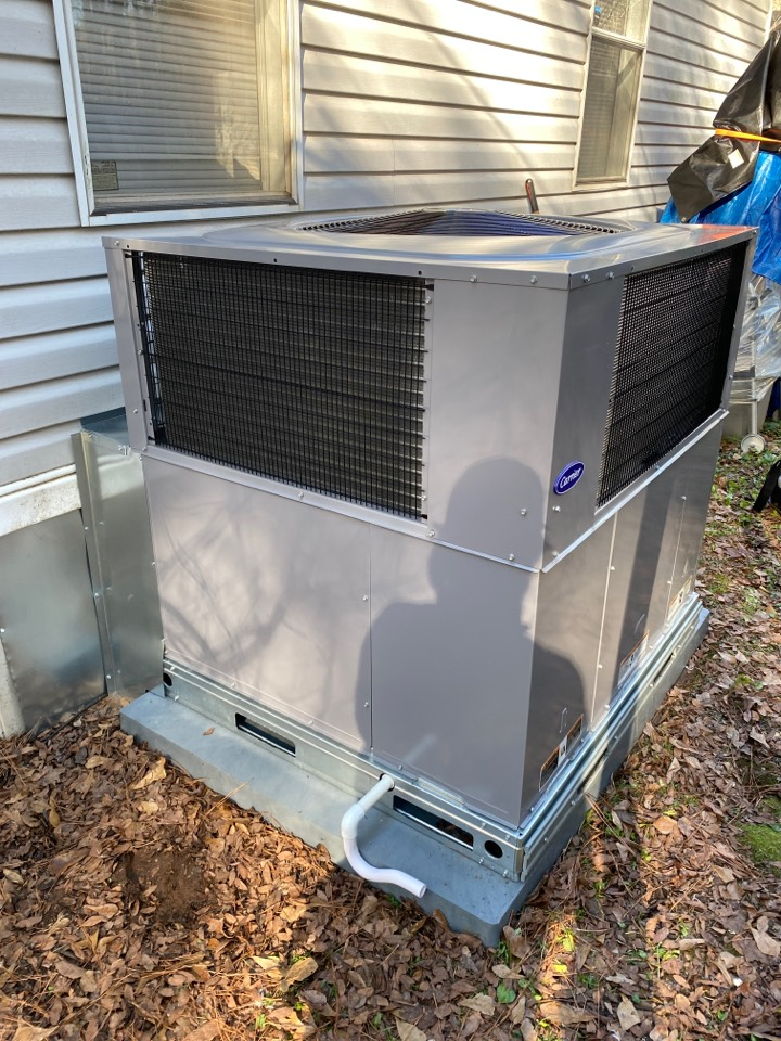 New carrier heat pump package unit installed