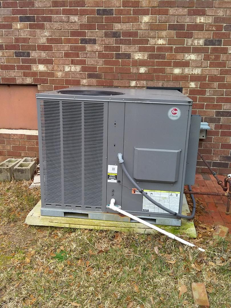 Performed repair/maintenance on Rheem package unit