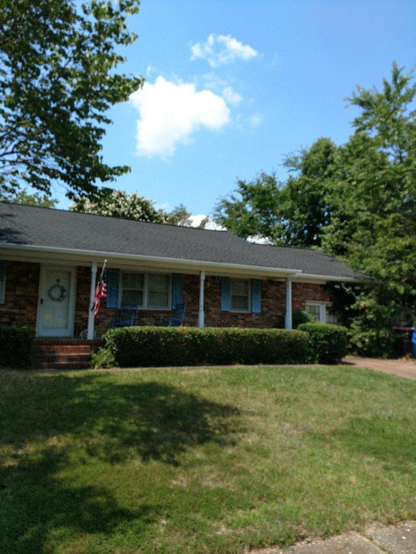Chesapeake, VA - Brand new GAF roof, fascia wrap and K-Style gutters.