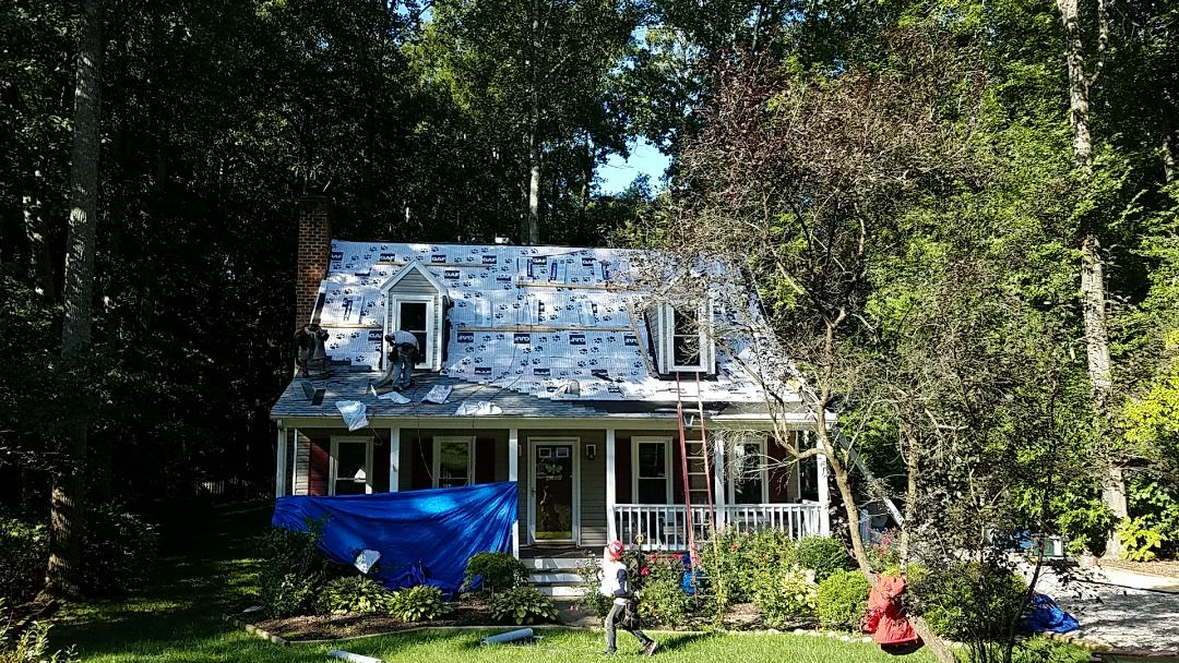 Midlothian, VA - Doing some GAF Roofing in Deer Run
