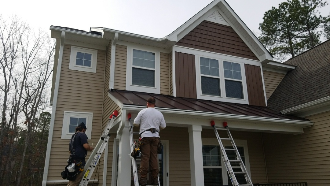 Midlothian, VA - Leafguard being installed in Midlothian