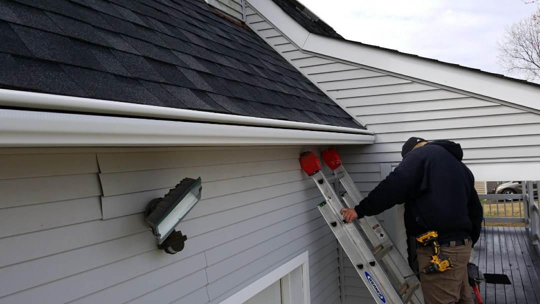 Prince George, VA - New Leafguard gutters in Prince George county