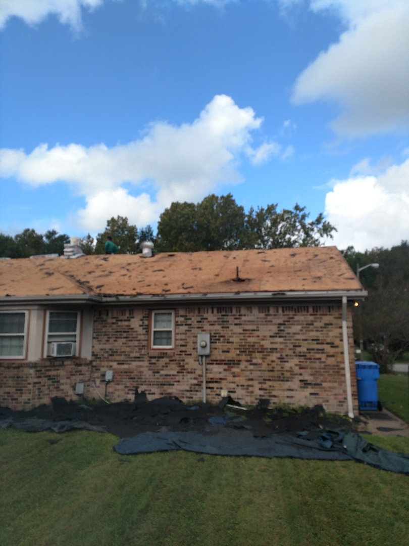 Chesapeake, VA - This is what happens when you don't use the right material or the right company. Pipe collar has been leaking for a long time. That's why we use a lifetime guaranteed pipe collar and lifetime guaranteed timberline HD shingles.