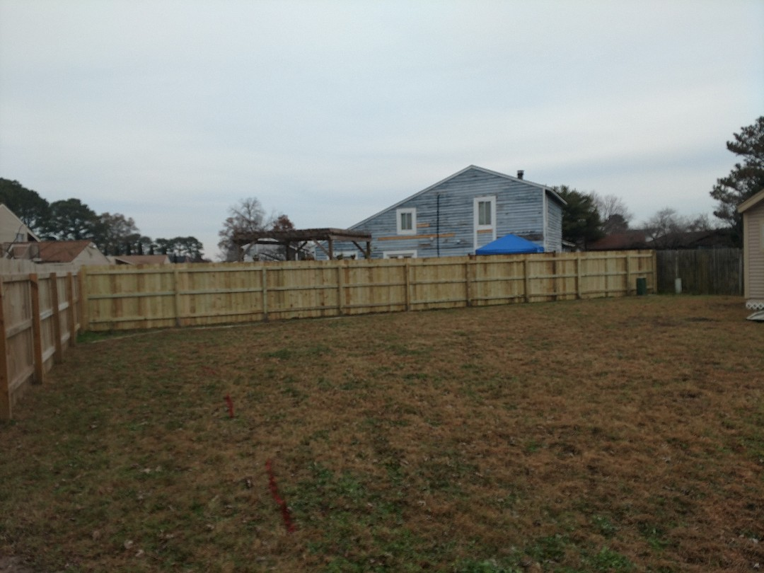 Portsmouth, VA - New treated lumber fencing.