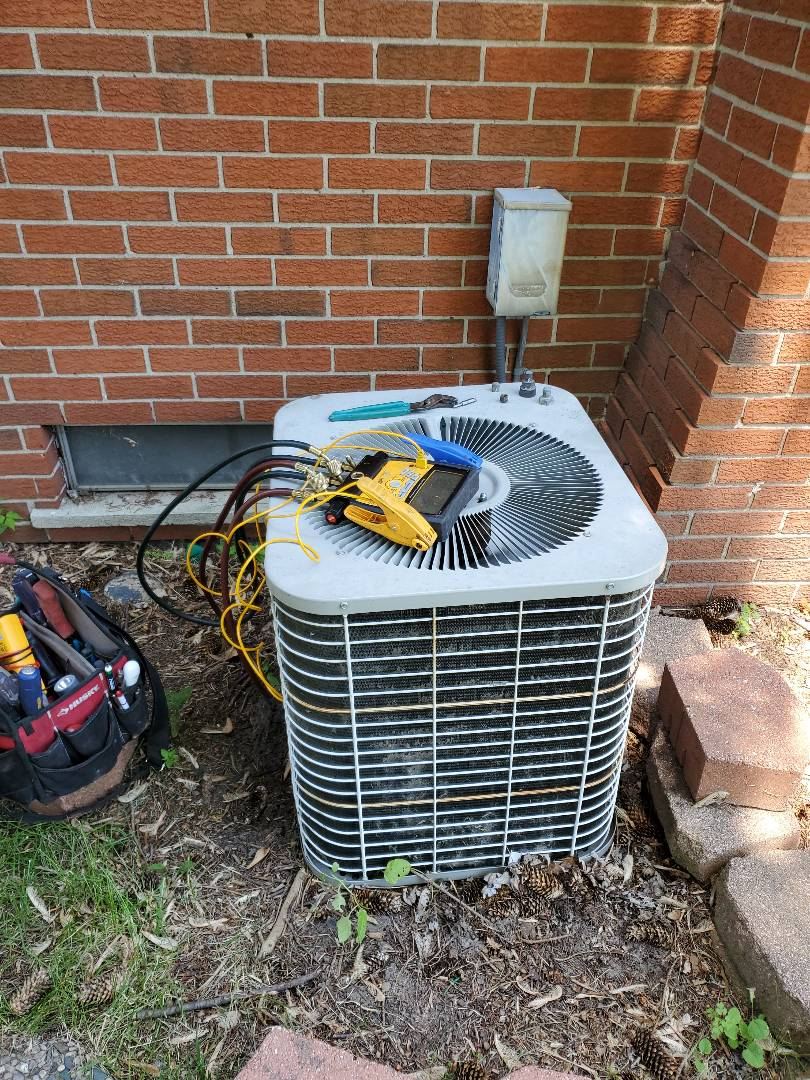 Sterling Heights, MI - No cooling. Air conditioner was not keeping up. Found unit low on r22 freon. Charged and all good!