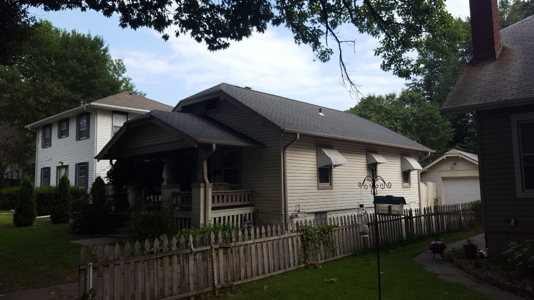 Lincoln, NE - New roof no mess GAF timberline. Williamsburg slate