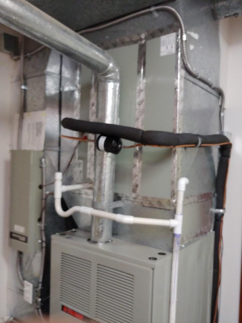 Vancouver, WA - Shinny new Heat Pump