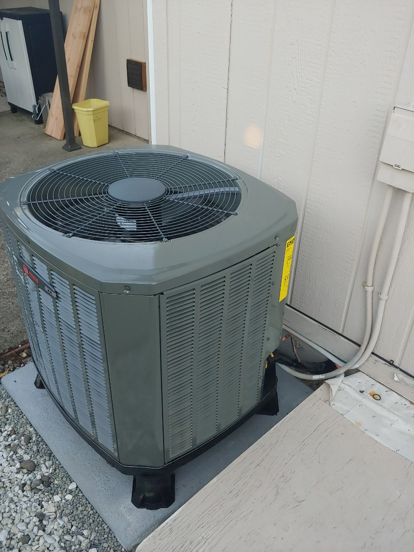 Vancouver, WA - New Airhandler and Heat oump