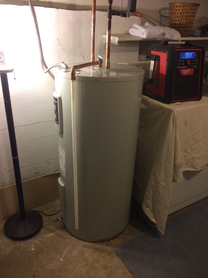 North Vancouver, BC - Install hot water tank in North Vancouver