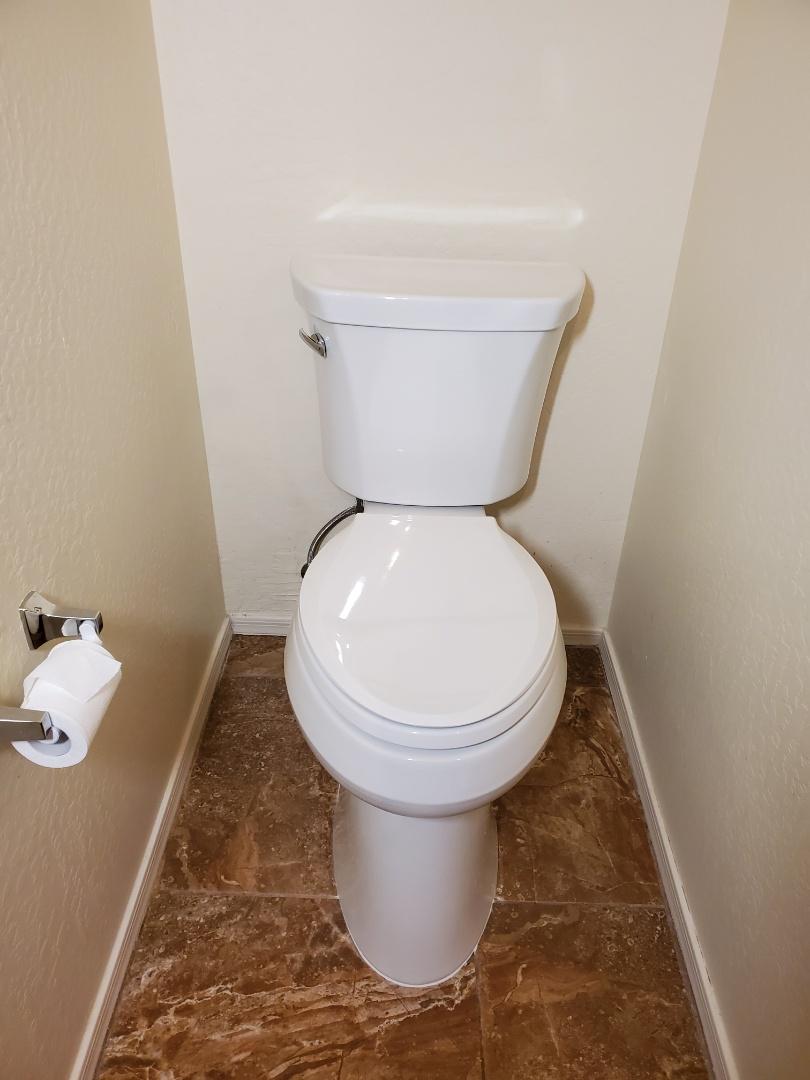 Surprise, AZ - Reset toilet in Surprise