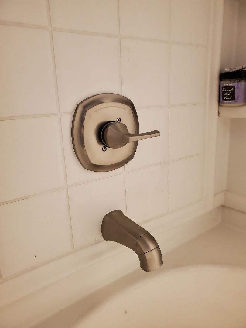 Surprise, AZ - Replace toilets and faucets in Surprise