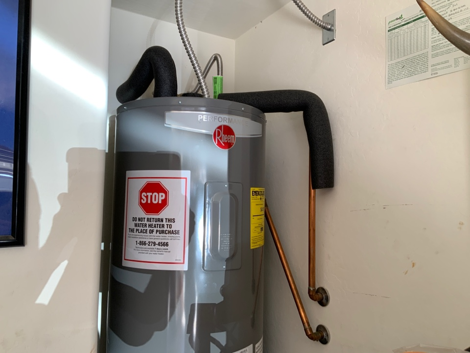 Surprise, AZ - Replace water heater in Surprise