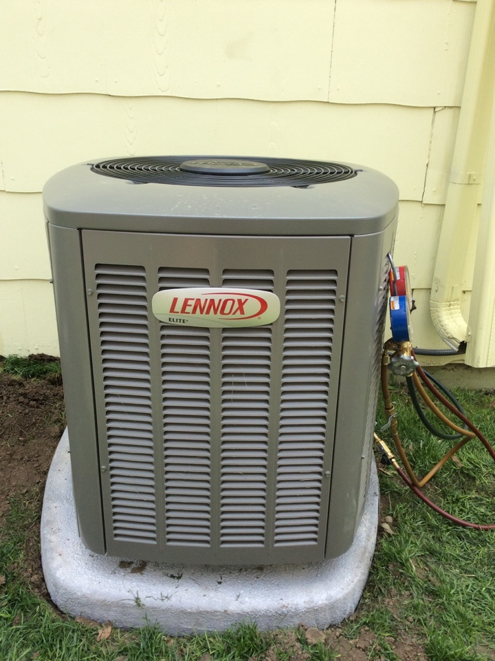 Longmont, CO - Install 1.5 ton Lennox 13 seer condenser and matching evaporator coil.